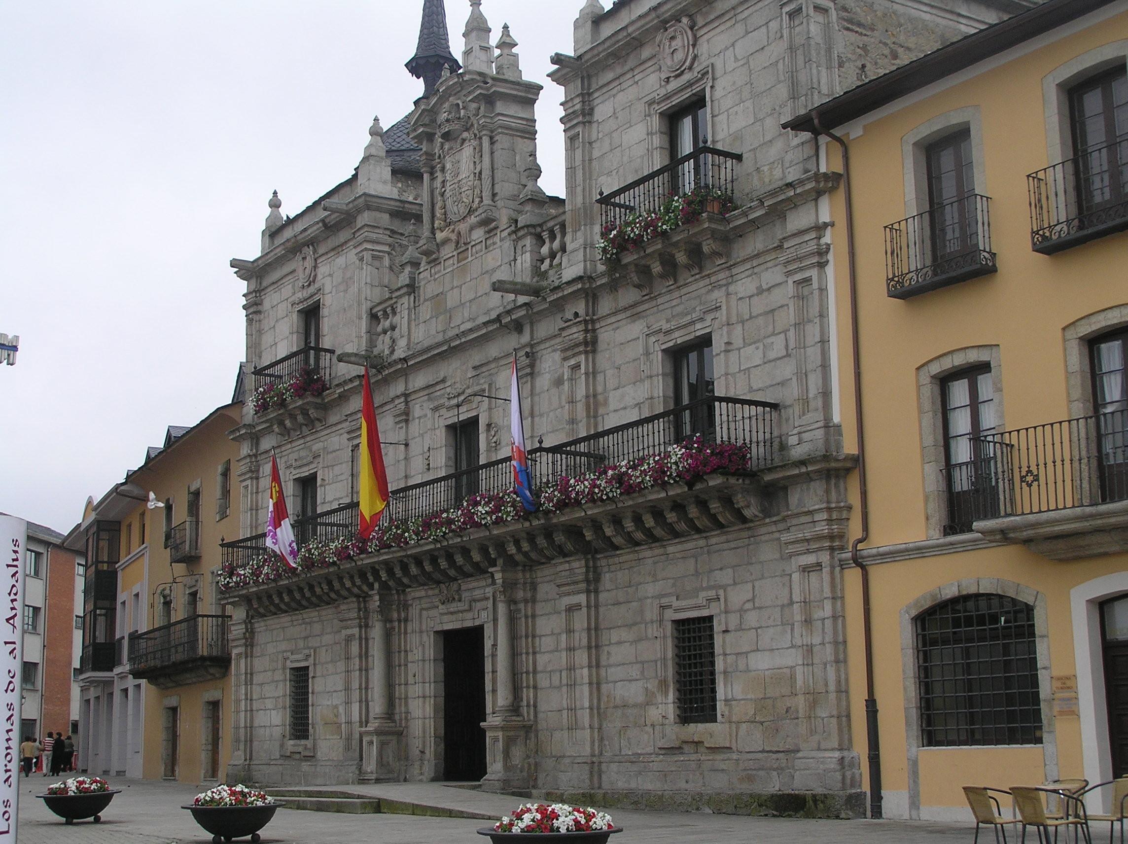 El Ayuntamiento de Ponferrada organiza el programa H@bilita para aprender a desenvolverse en la búsqueda de empleo 1