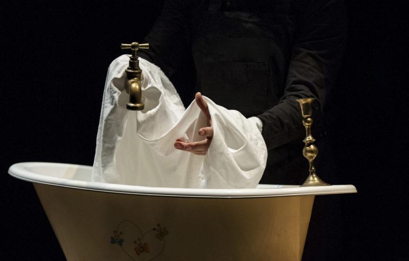 El Teatro bergidum presenta una peculiar versión de 'El avaro' para la noche del sábado 21 1