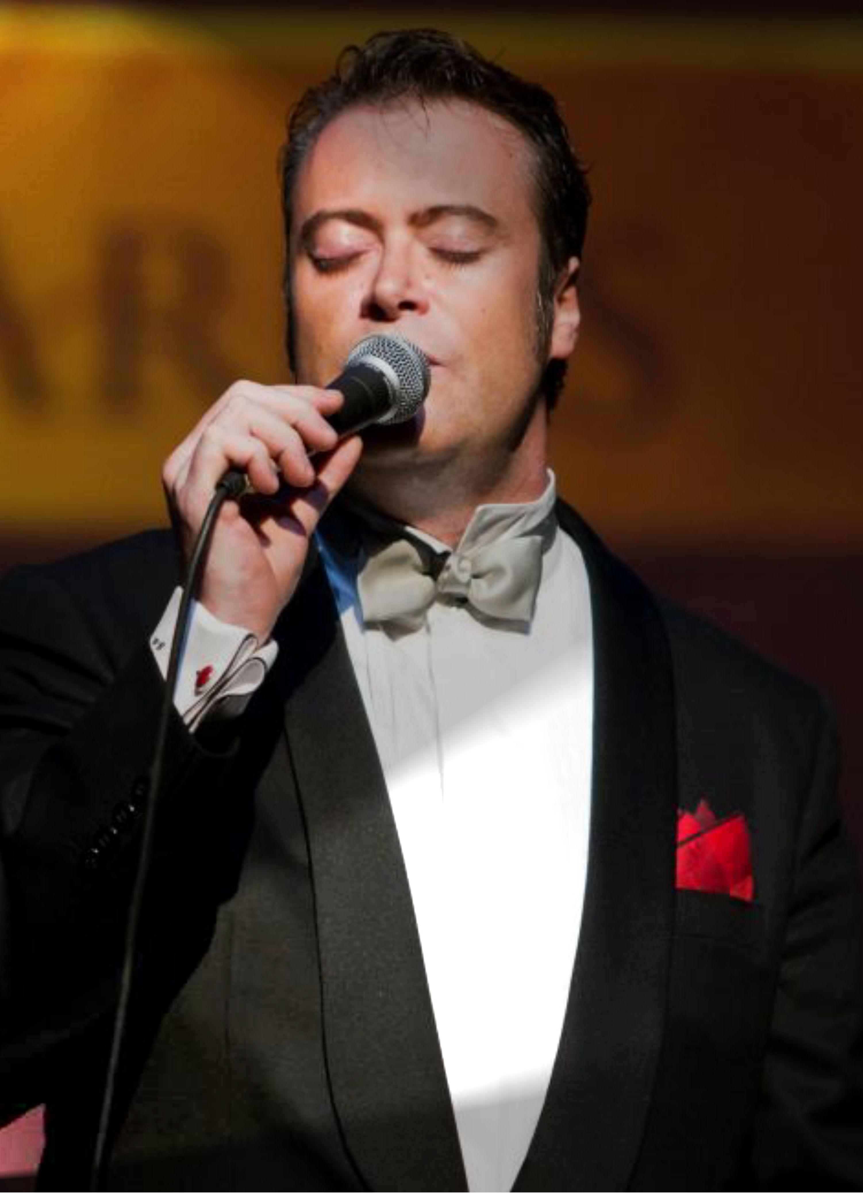 Javier Arias interpretará esta noche grandes éxitos de artistas como Sinatra en el Morticia 1