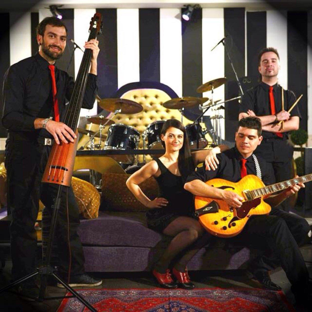 El swing de Radio Lulú celebra las fiestas de Molinaseca en La Filomena 1