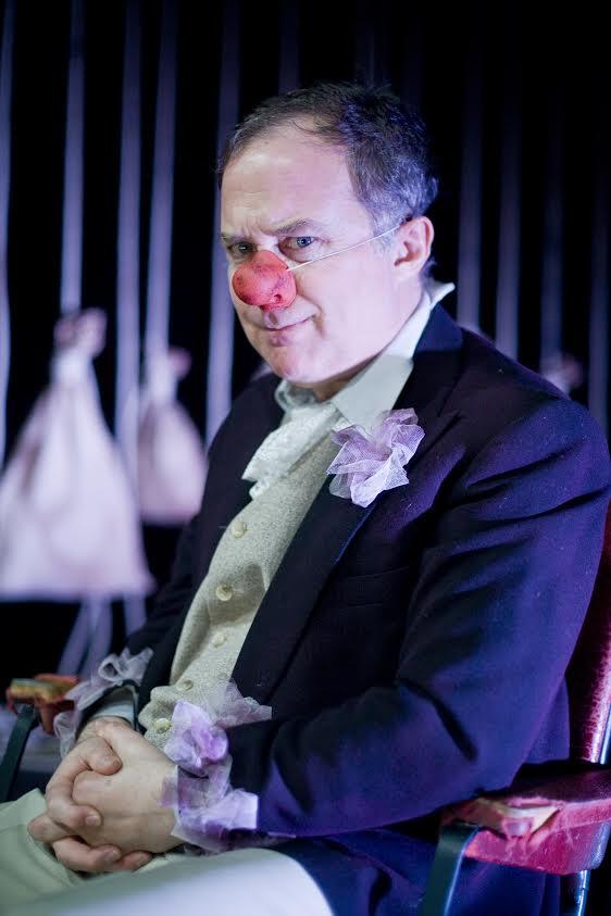 Luis Bermejo protagoniza en El minuto del payaso un intenso monólogo de risa y rabia 1