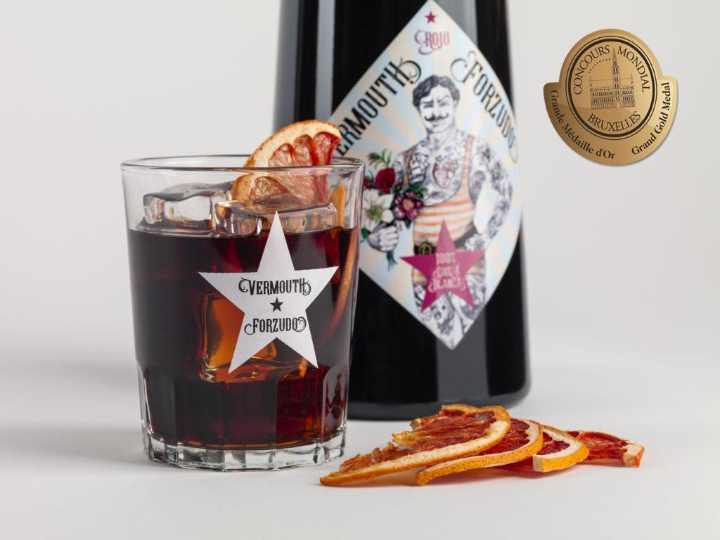 El vermouth berciano Forzudo, comienza su carrera de premios internacionales 1