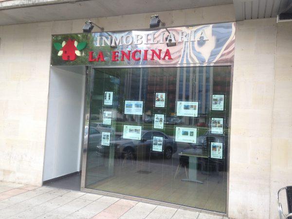 Inmobiliaria La Encina abre sus nuevas oficinas en el Bulevar de La Rosaleda 1