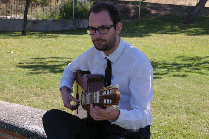 Concierto de guitarra de Juventudes Musicales en el auditorio del Conservatorio Cristóbal Halffter 1