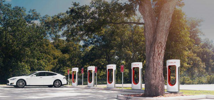 Tesla situará un supercargador de vehículos eléctricos en Ponferrada antes del fin de 2017 1