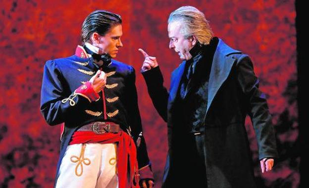 Corsario pone en escena Traidor, un clásico del teatro romántico convertido en un policiaco en verso 1