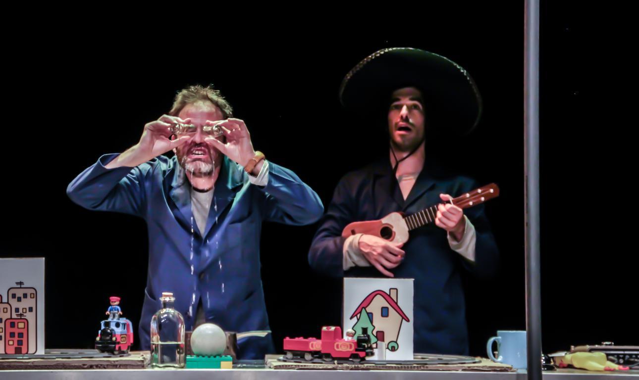 Función familiar en el Teatro Bergidum: El cuento de la Azuzaina 1