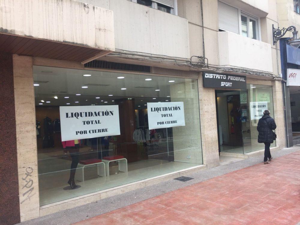 Distrito Federal Sport dice adiós a Ponferrada Liquidando toda la ropa y calzado 1