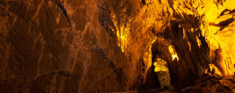 Cuevas para visitar con los niños cerca de El Bierzo 3