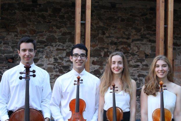 Corteza de Encina comienza con el Cuarteto Trems interpretando a Mozart y Shostakovich 1