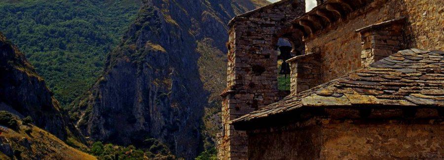 Excursiones organizadas al Valle del Silencio y Peñalba 1
