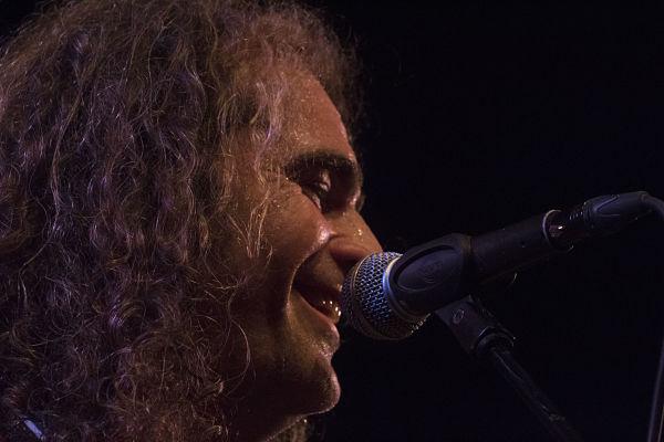 El cantautor Diego Cruz en directo el próximo viernes en Coherencia 1