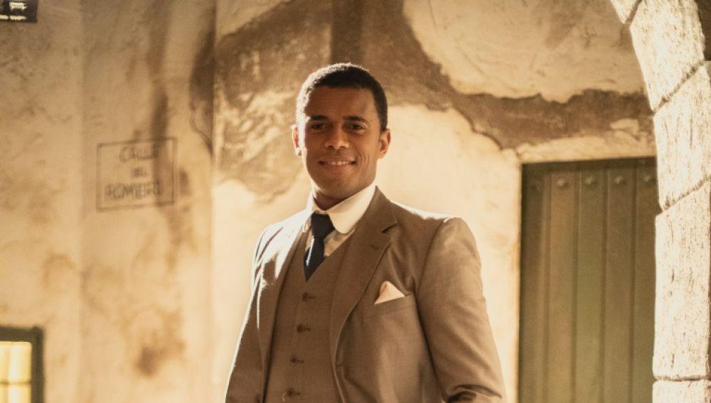 El berciano Juan Dos Santos es Roberto Sánchez en la serie 'El secreto del Puente Viejo' 1