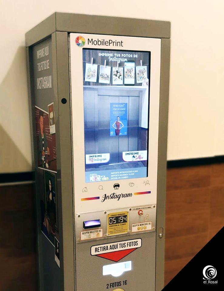 El Rosal instala la primera máquina de revelado instantáneo para tus fotos de Instagram 1