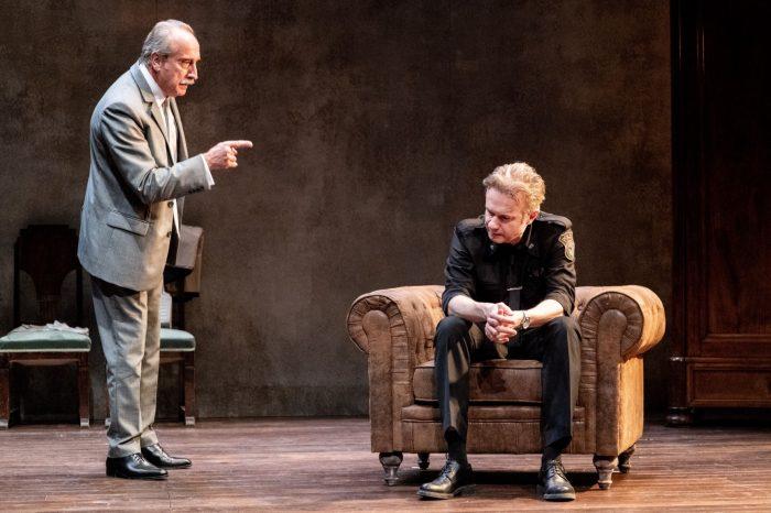 """""""El precio"""", de Arthur Miller, dirigida por Sílvia Munt, abre el aboo de otoño en el Bergidum 1"""
