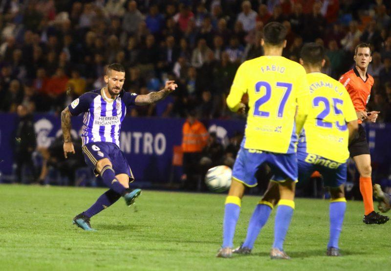 Una sólida UD Las Palmas termina con la racha de victorias en El Toralín 1