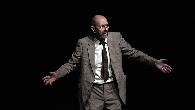 Miguel Rellán dejará su huella en la acera del teatro Bergidum 1