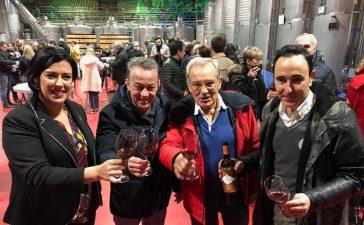 Sergio Sauca estrena el primer vino del año con el deseo de retransimitir el primer partido de la Ponferradina en Primera División 4