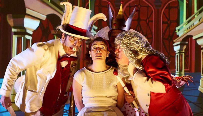 Comienza la venta de abonos para el ciclo de teatro familiar de Navidad en el Bergidum 1