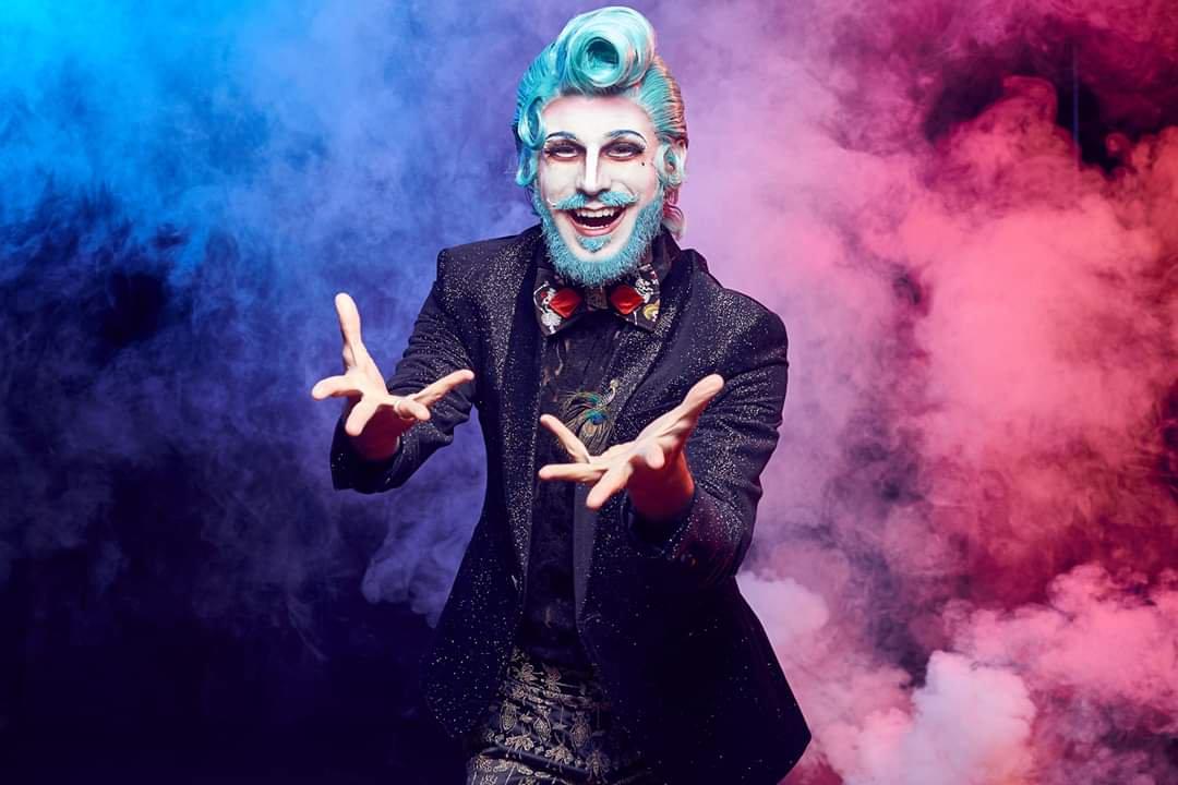 El burlesco Malandrín & Roxi Devil, sesión cabaret en el Morticia 1