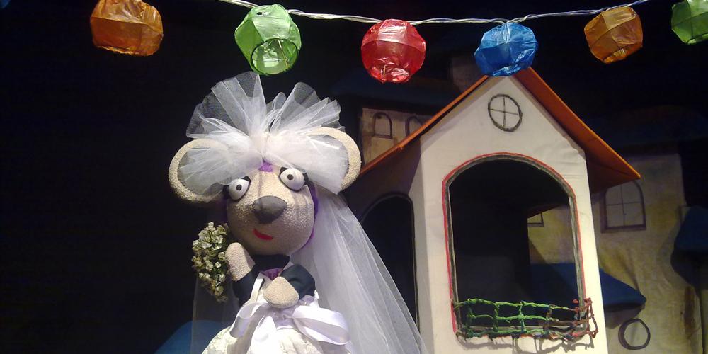 La Ratita presumida anda barriendo el Teatro Villafranquino 1