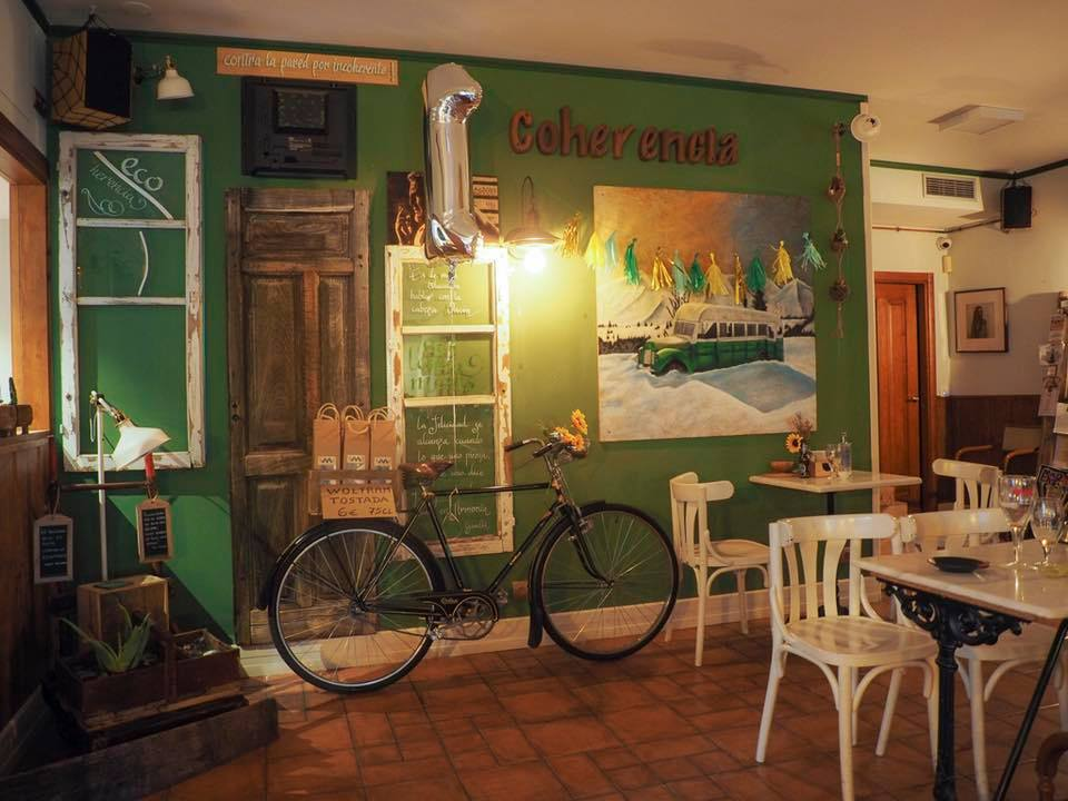 Semana de actividades culturales en Coherencia Bar 1