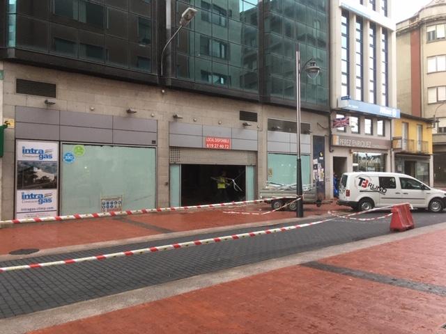 CaixaBank ocupará con un Caixa Store el antiguo Bershka de Gómez Núñez y Pili Carrera en Camino de Santiago 1