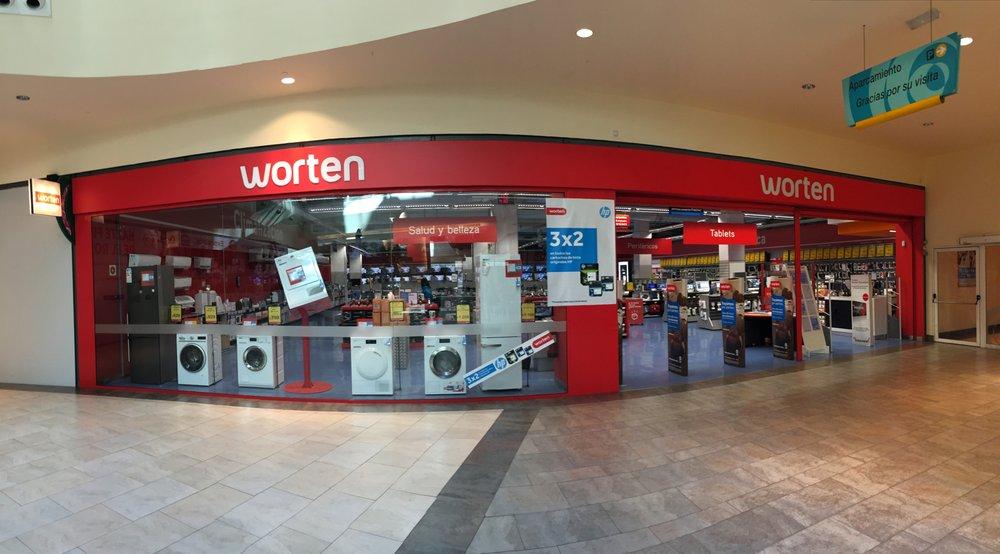 Worten cierra su tienda en el Centro Comercial El Rosal de Ponferrada 1