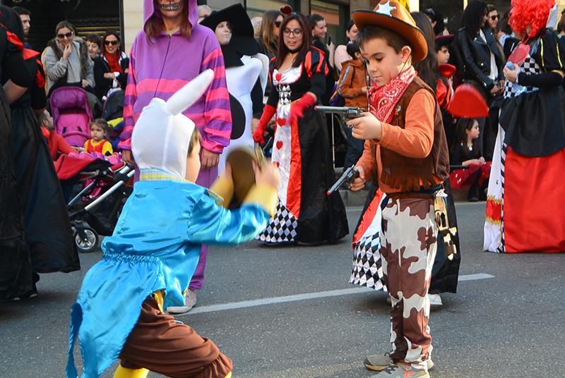 Ponferrada llena las calles de ilusión en el Carnaval infantil 2020 1