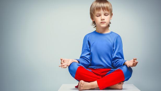 Taller de Yoga para niños y niñas en la Clínica Barrientos 1