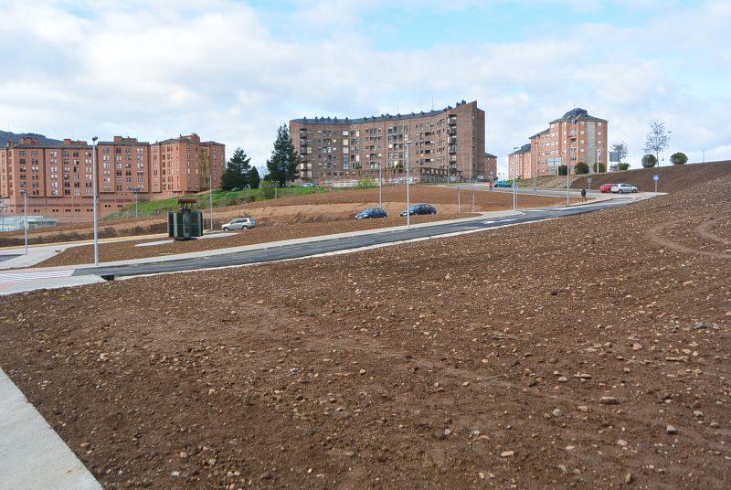 La urbanización del nuevo acceso y aparcamiento de La Fábrica de Luz une el Museo de la Energía con la ciudad 1
