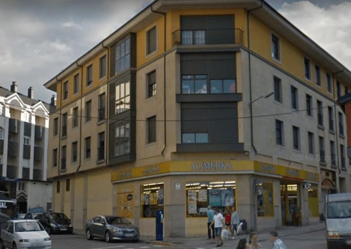 Alerta Sanitaria: Alimerka cierra temporalmente el supermercado de la Calle Real de Ponferrada 1