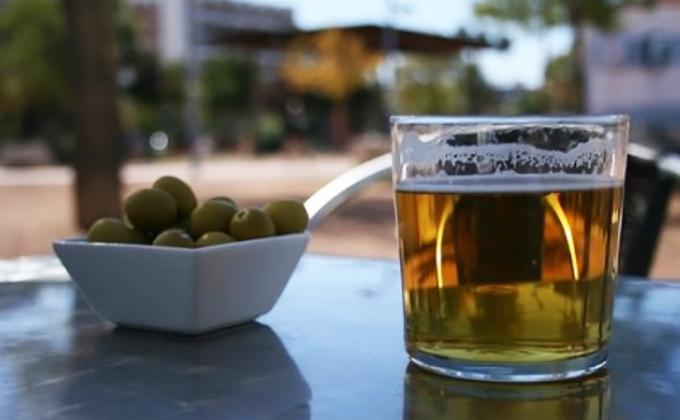 La Junta permitirá a partir del próximo viernes la apertura de la hostelería, gimnasios y centros comerciales en toda la Comunidad, salvo la ciudad de Burgos 1