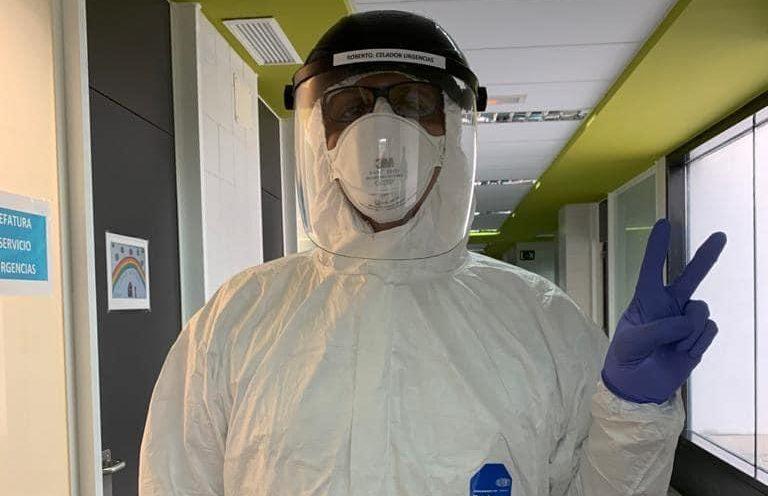 Roberto San Sebastián, Celador en el Hospital del Bierzo 'Tenemos unos profesionales sanitarios que son unos jabatos' 1