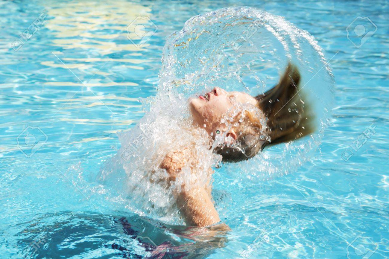 2 metros de distancia en el agua, prohibido saltar y chapotear... Estas son las normas recomendadas por Sanidad para las piscinas públicas 1