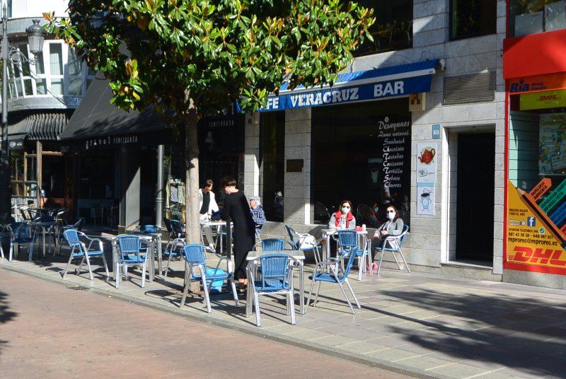 Terrazas si, pero el Ayuntamiento de Ponferrada recuerda que se deben de respetar las medidas higiénicas anticontagio 1