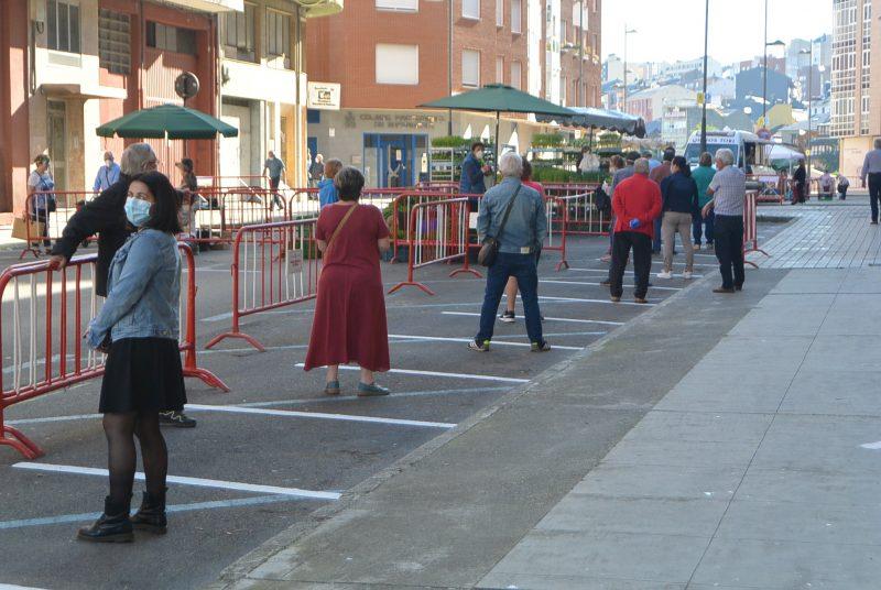 Mañana abren los puestos de frutas verduras y productos alimentarios del mercado de Ponferrada 1