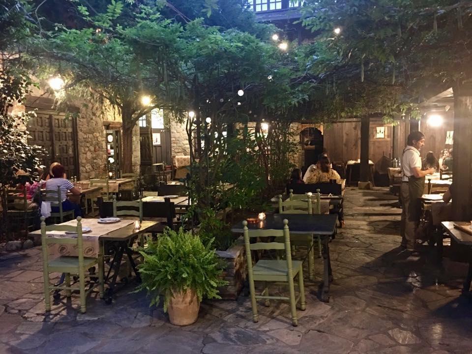 La Moncloa de San Lázaro abre su terraza y patio este fin de semana 1