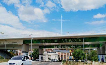 Las columnas del puente del Centenario de Ponferrada se visten de arte urbano 2