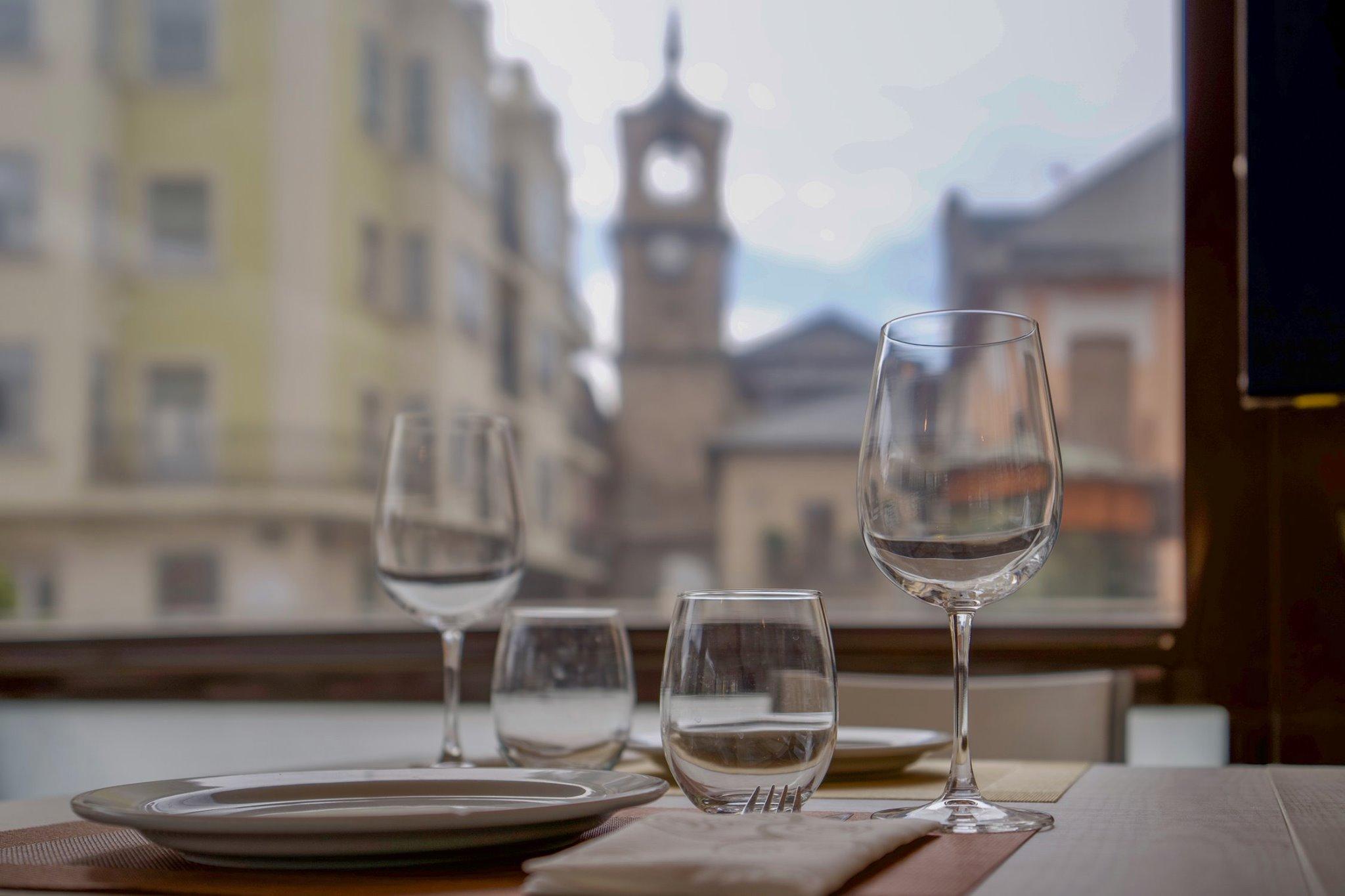 El Restaurante La Violeta estrena carta y dispone de nuevo servicio de comida a domicilio 2