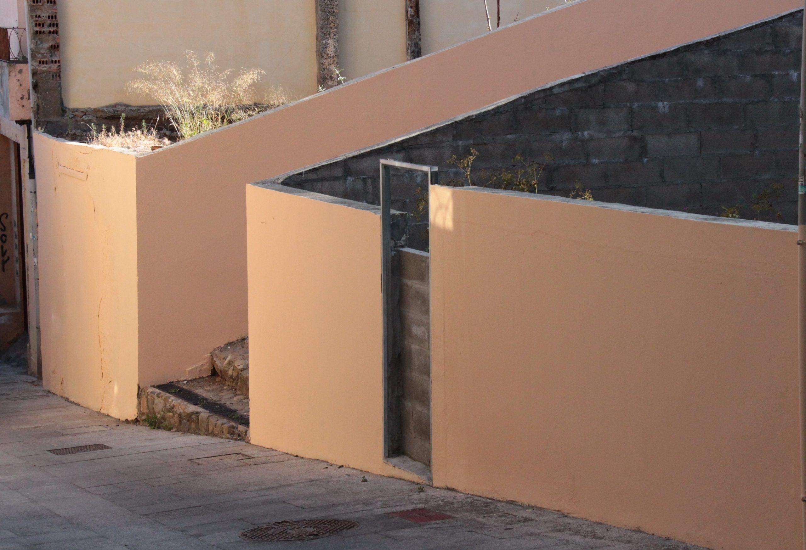 El Ayuntamiento comienza una campaña de eliminación de pintadas y grafitis en el Rañadero y el Casco Antiguo 3