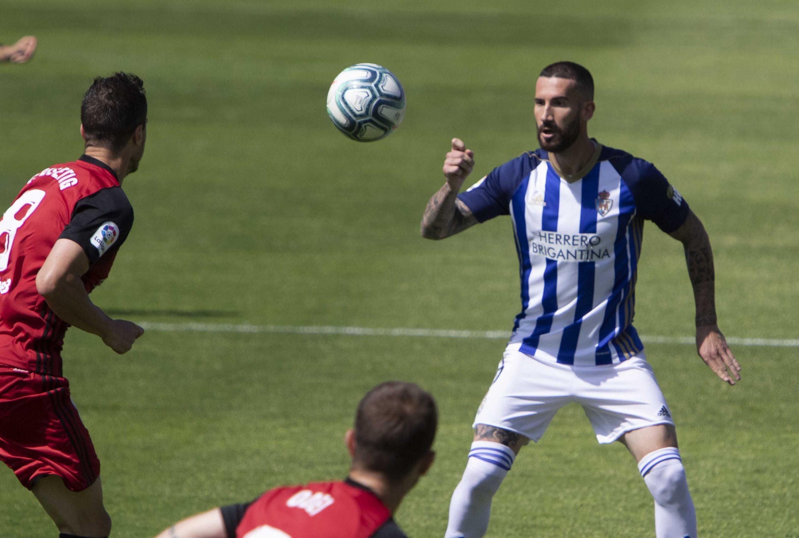 La Deportiva se trae tres valiosos puntos del Anduva y reafirma su intención de quedarse en la Liga SmartBank 9