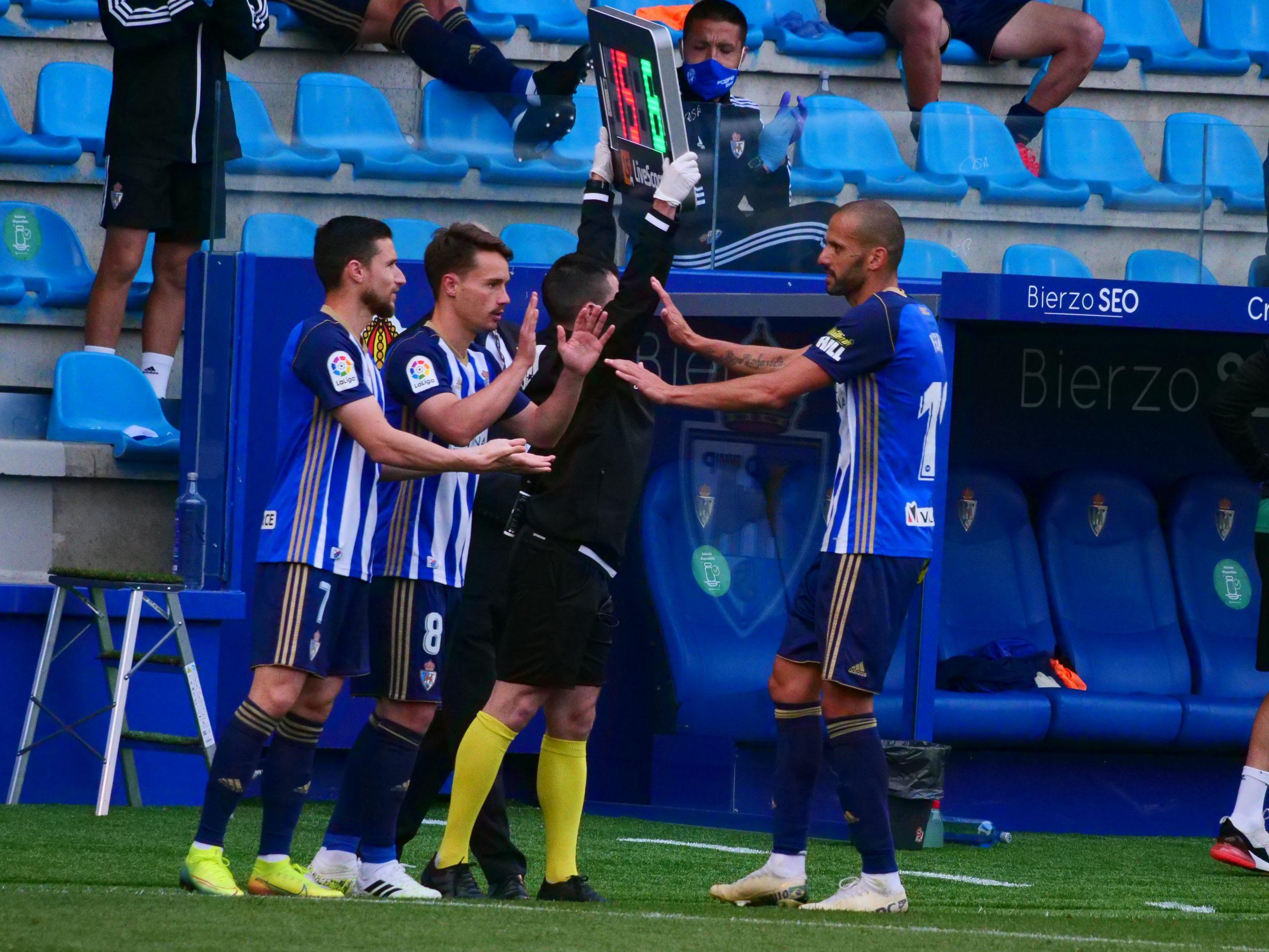 📷 La Fotogalería del partido: SD Ponferradina - Elche CF 135