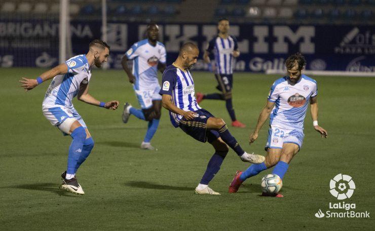 SD Ponferradina 0 CD Lugo 1. La Ponferradina sigue sin saber salir del lío y suma la cuarta derrota consecutiva 7
