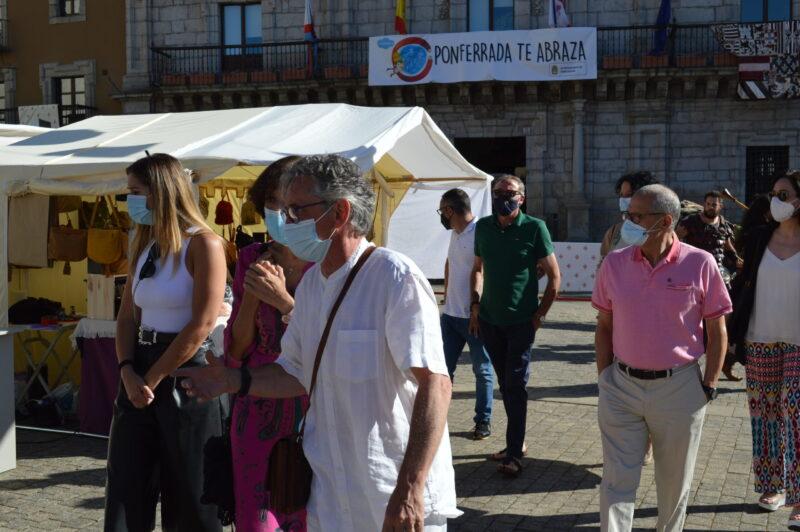 El mercado templario de Ponferrada ya recibe a sus visitantes con medidas sanitarias para los visitantes 7