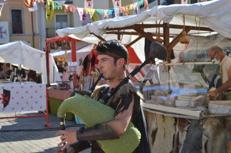 El mercado templario de Ponferrada ya recibe a sus visitantes con medidas sanitarias para los visitantes 4