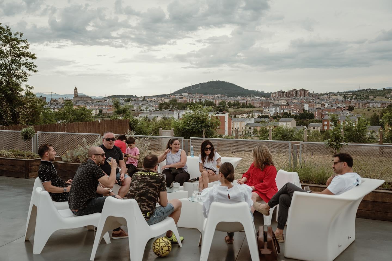 El Caibel, la terraza de verano con vistas al skyline de Ponferrada 4