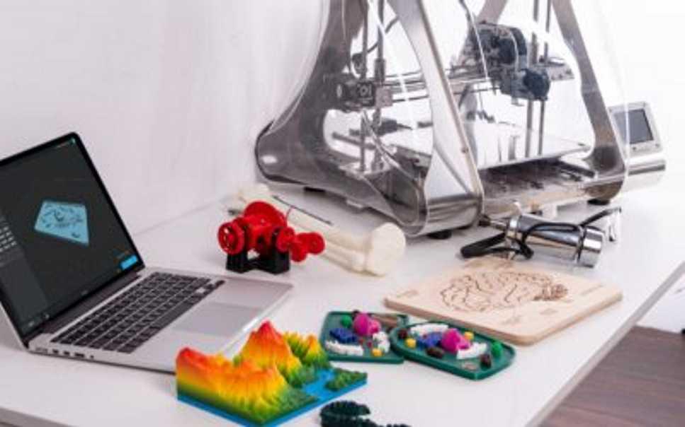 ¿La cultura Maker puede ser una fuente de trabajo? Un curso de verano de la ULE lo analizará el próximo viernes en la Fábrica de Luz 1