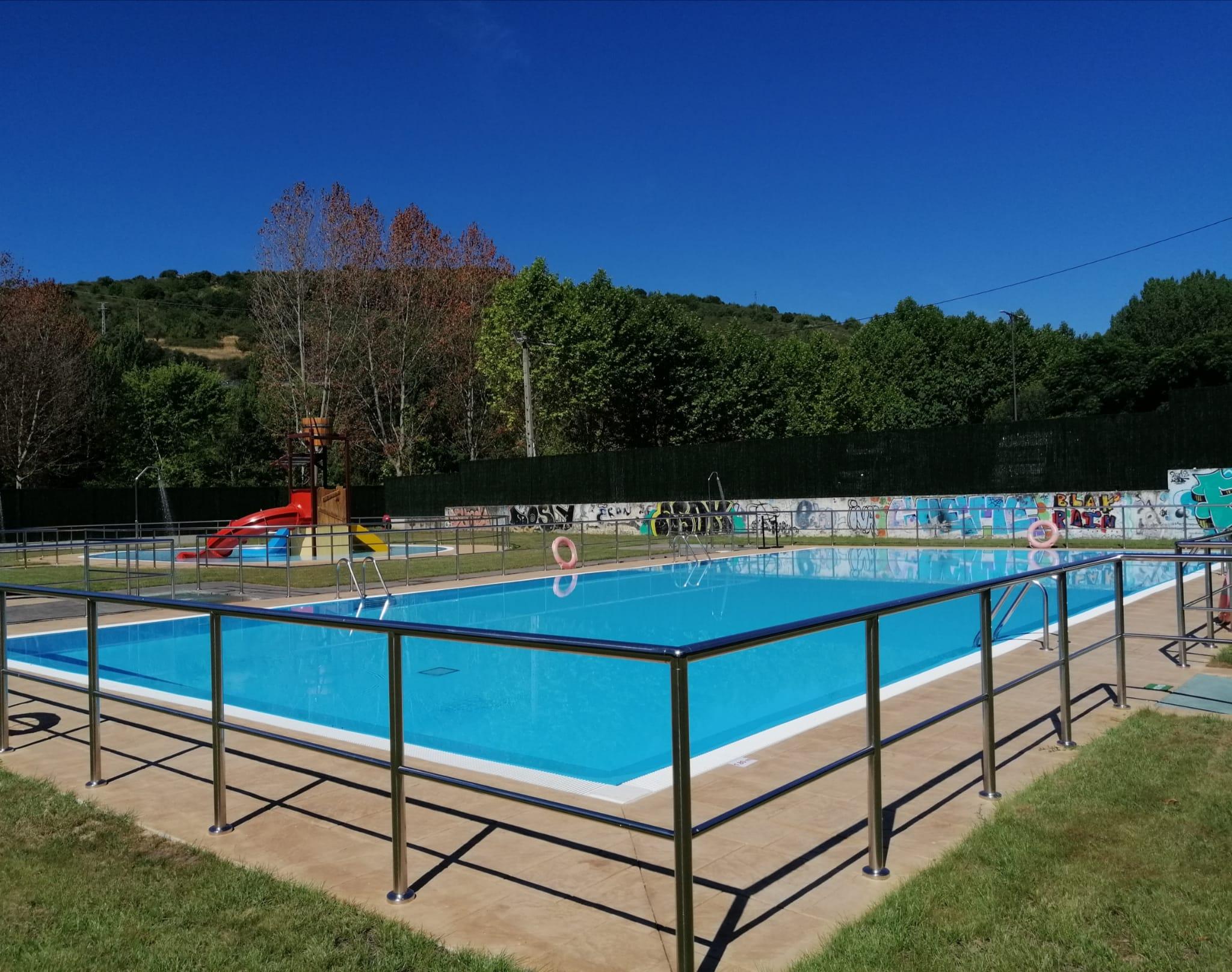 Toral de los Vados abre hoy viernes sus piscinas municipales de verano 1