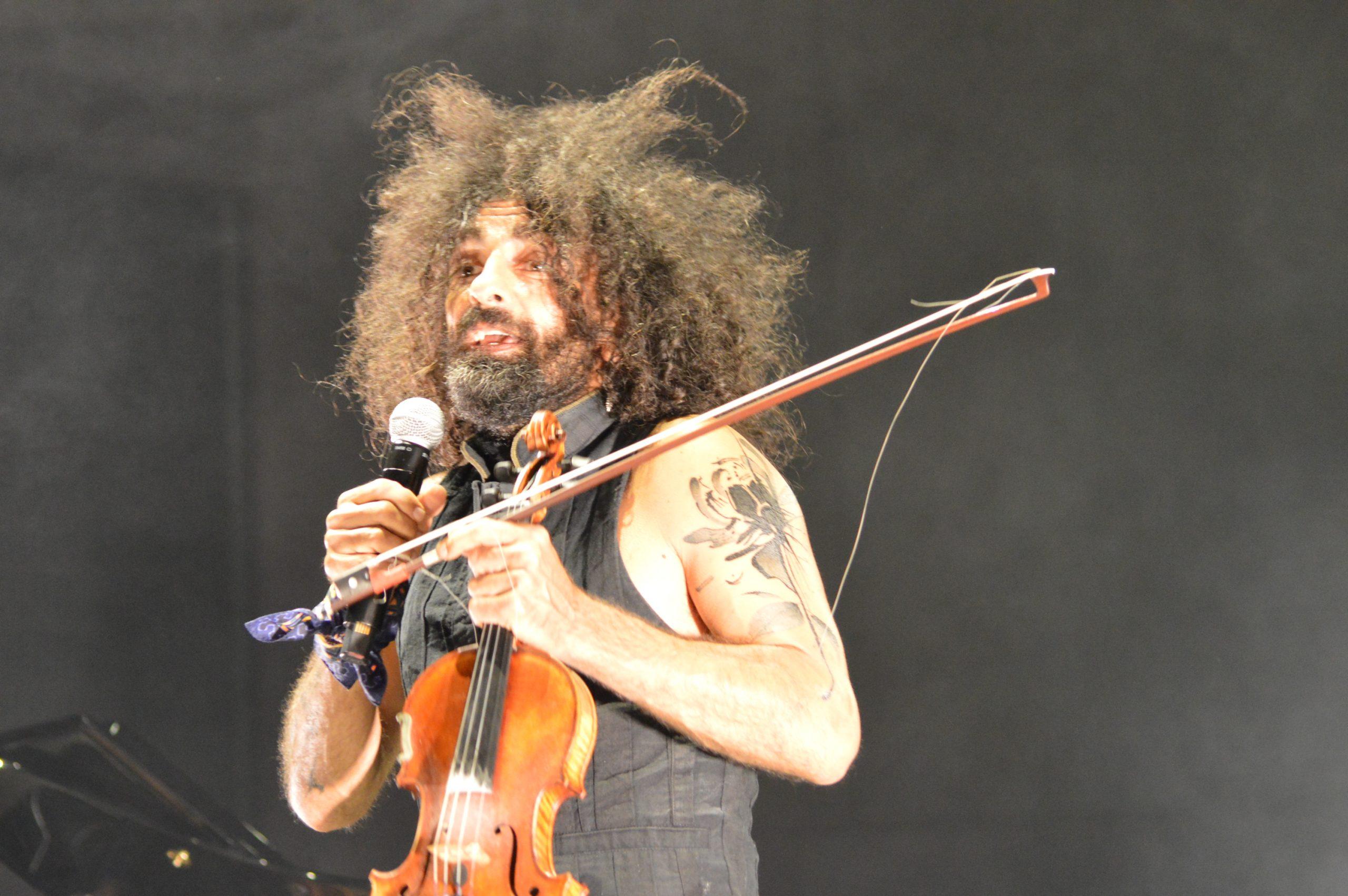 Ara Malikian emociona en su regreso a Ponferrada demostrando una vez más su virtuosismo con el violín 15